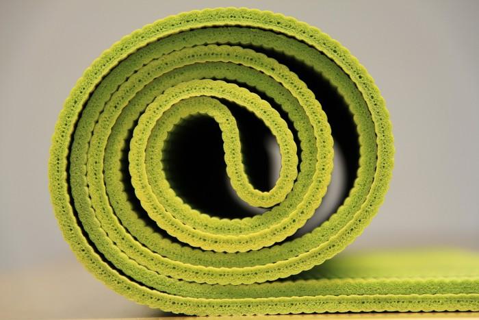afbeelding van groene yogamat van coachingmetsanne.com life coach Den Haag